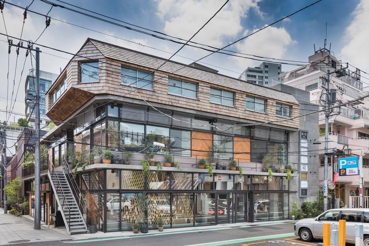 Yanagikoji South Corner Restaurants / Rei Mitsui Architects, © Jérémie Souteyrat