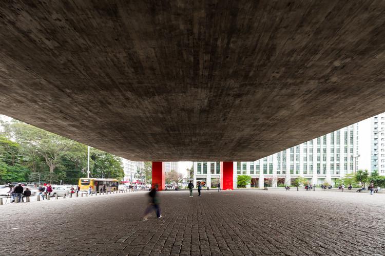 Lina Bo Bardi: uma seleção de artigos para entender a obra da arquiteta, Vão do MASP. Image © FLAGRANTE
