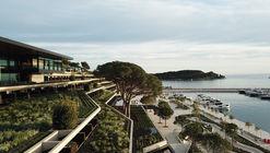 羅維尼公園大酒店,階梯狀布局俯瞰海景 / 3LHD