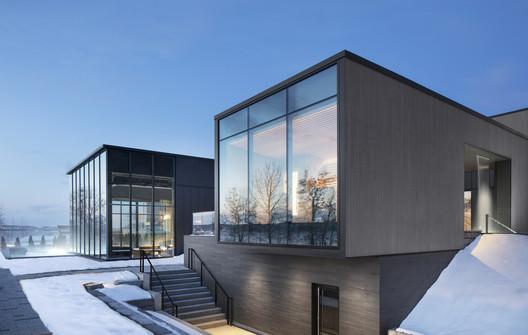 Strøm Spa Vieux-Québec / LEMAYMICHAUD Architecture Design