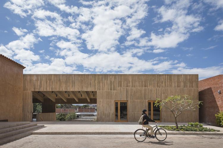 Ganadores de la Primera Bienal de Arquitectura Oaxaqueña 2019, Centro Cultural Comunitario Teotitlán del Valle / PRODUCTORA. Image © Luis Gallardo
