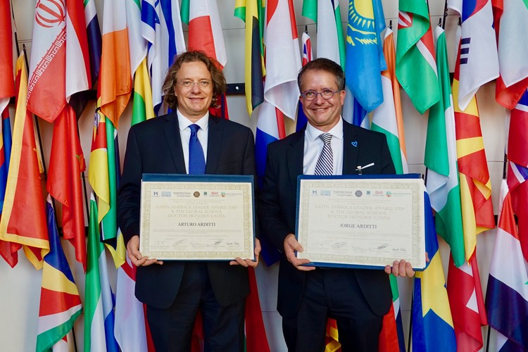 "Arquitectos mexicanos Arturo y Jorge Arditti reciben Doctorado Honoris Causa ""Latin America Leaders Awards 2019"""