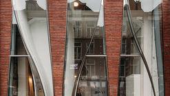 Renovación de fachada para Looking Glass / UNStudio