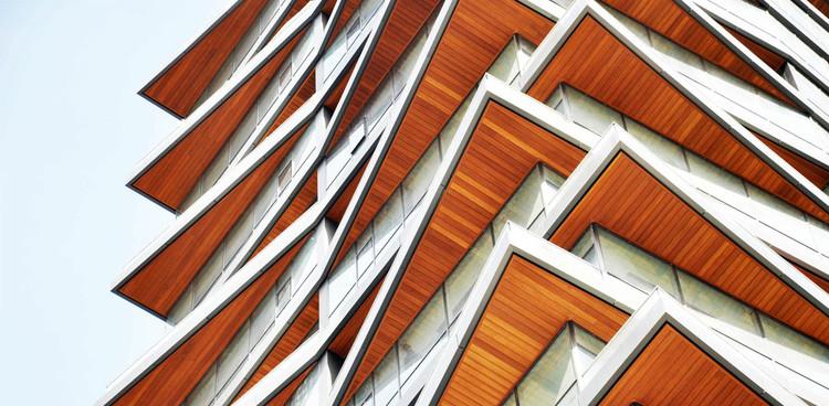 Perfis metálicos revestidos com lâminas de madeira: 7 opções para aplicá-los na arquitetura, AluSiding. Image Cortesia de Technowood