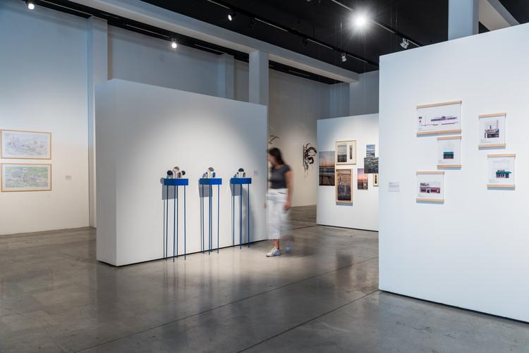 """Estos son los proyectos de arquitectura presentados en la muestra """"Creación en Movimiento, Jóvenes Creadores 2018-2019"""", Diego Escamilla """"Despertar el Vacío - Respiraciones neumáticas tras el sismo"""". Image © Arturo Arrieta"""