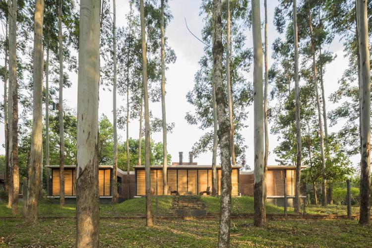 Casa Ñasaindy / ArquitecTava, © Leonardo Méndez