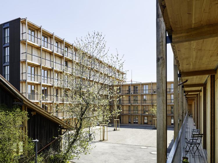 Hagmannareal Housing Development  / ARGE HAGMANNAREAL + weberbrunner architekten ag + Soppelsa Architekten, © Georg Aerni