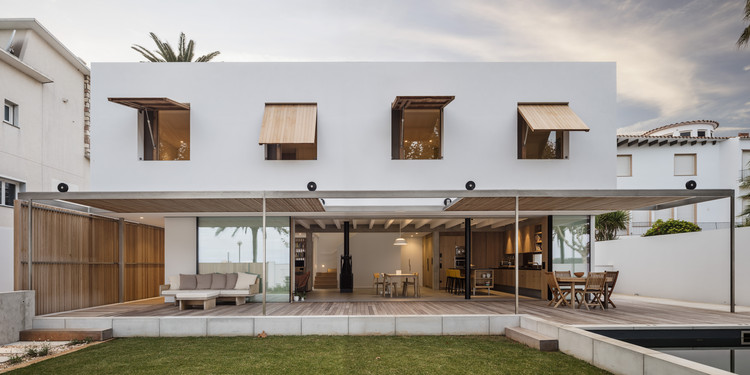 Casa MB / Gabriel Montañés Arquitecto, © Adrià Goula