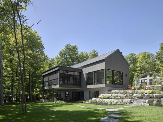 Big Rideau Lakehouse / Christopher Simmonds Architect