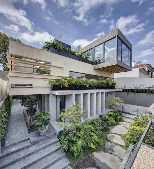 Casa Bacatete / RIMA Arquitectura