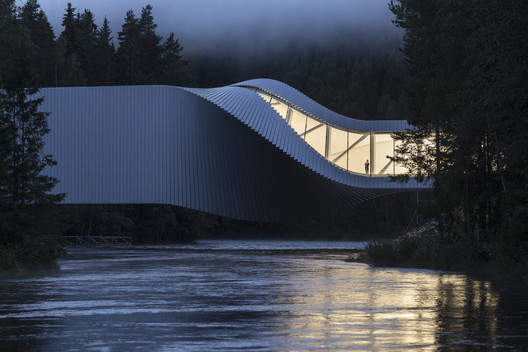 APA 2019 overall winning photo of The Twist Museum, Kistefos Sculpture Park, Jevnaker, Norway by BIG. Image © Laurian Ghinitoiu