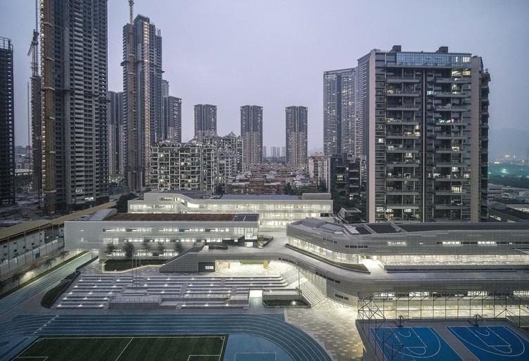 Shenzhen Nanshan Foreign Language School / Studio Link-Arc, 2019 Site & Campus. Image © Shengliang Su