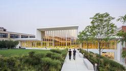 Colegio de Medicina Veterinaria de la Universidad de Cornell / WEISS/MANFREDI