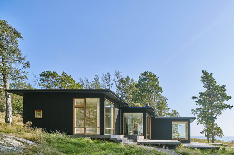 Casa de vacaciones en el archipiélago de Estocolmo / Margen Wigow Arkitektkontor, © Åke E:son Lindman