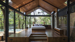 Cabana Kalundewa / Earth & Space Architects