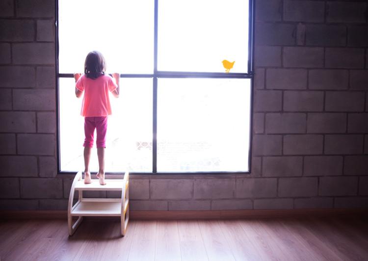 Escadim quadradinha. Image Cortesia de Cuchi Móveis Infantis