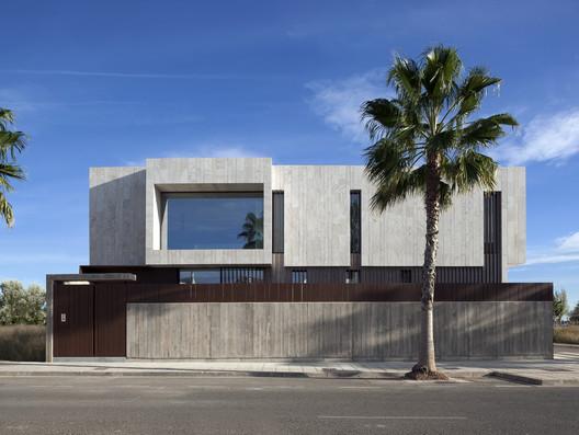 Alqueria House / Antonio Altarriba Estudio de Arquitectura