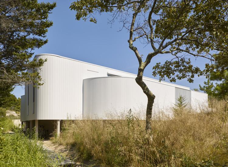 House in Amagansett / 1100 Architect, © Nikolas Koenig / OTTO