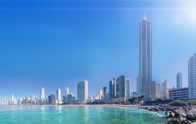 Maior edifício residencial do país é concluído em Balneário Camboriú, Infinity Coast Tower. Cortesia de skyscrapercity