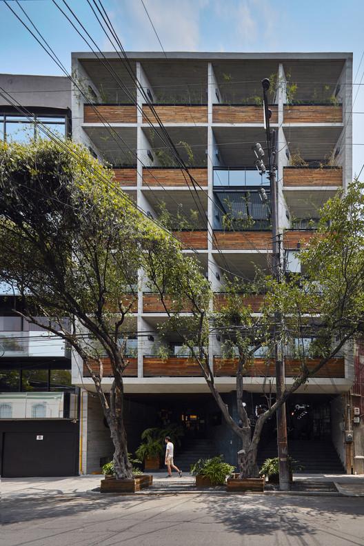 Edificio Coahuila 59 / Contexto Arquitectos, © Luis Gordoa