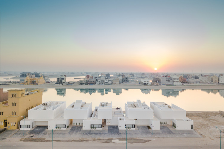 New Histories: Reshaping Traditional Housing in Kuwait, © João Morgado