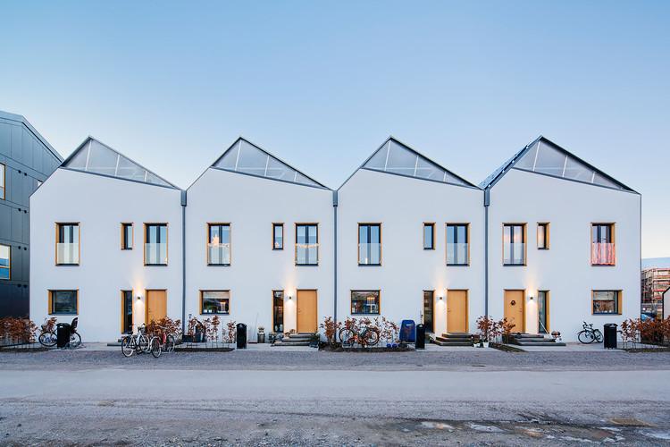 3 in 1 Housing / Street Monkey Architects, © Mattias Hamrén Photography