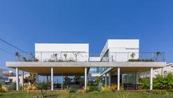 Casa jardín / Christos Pavlou Architecture