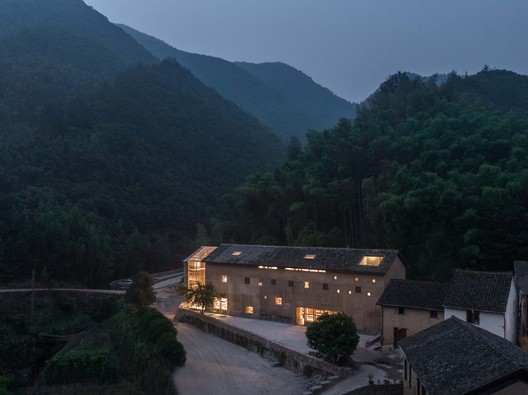 house and the site. Image © Shengliang Su