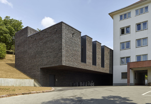 Command and Situation Centre Stuttgart Police Headquarters / Peter W. Schmidt Architekt
