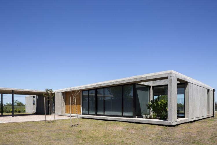 Casa la cañada / Felipe Gonzalez Arzac arquitecto, Cortesía de Felipe Gonzalez Arzac arquitecto