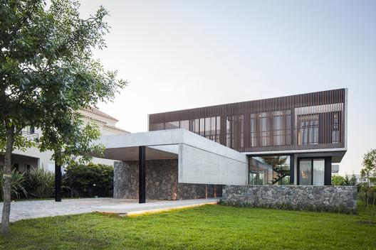 Sukkha House / OON Architecture