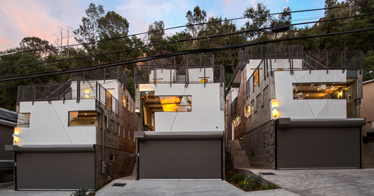 Casas Wonderland / MUTUO