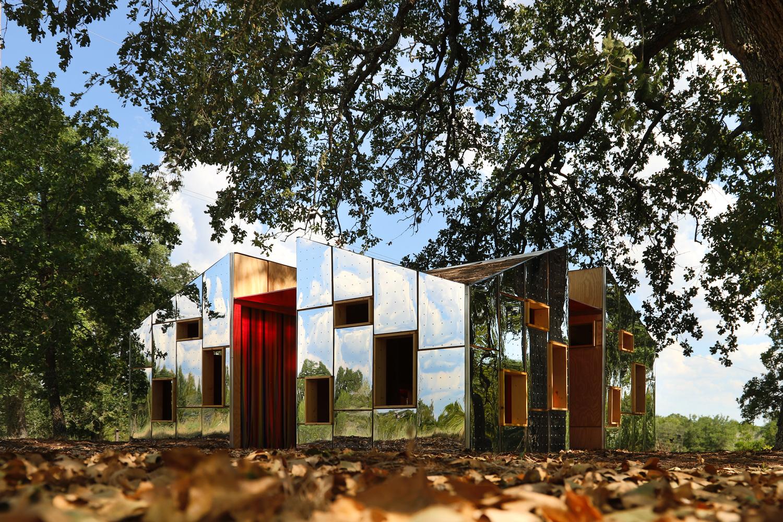 Hidden in Plain Sight Pavilion / Nelsen Partners