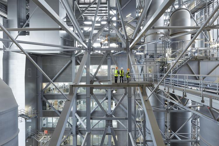 Planta de energía y centro de recreación urbana CopenHill / BIG