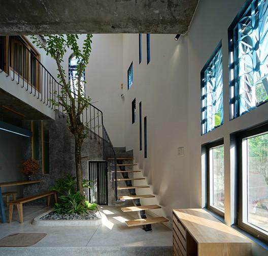 Casa Margarita / IZ Architects