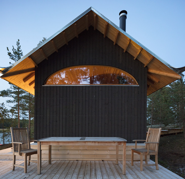 Sauna and Guesthouse / Mer Architects, © Marc Goodwin