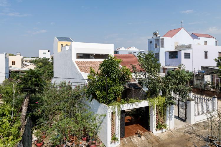 Casa KHE / K.A.N Studio, © Quang Dam