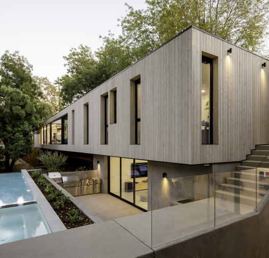 Bridge House LA / Dan Brunn Architecture
