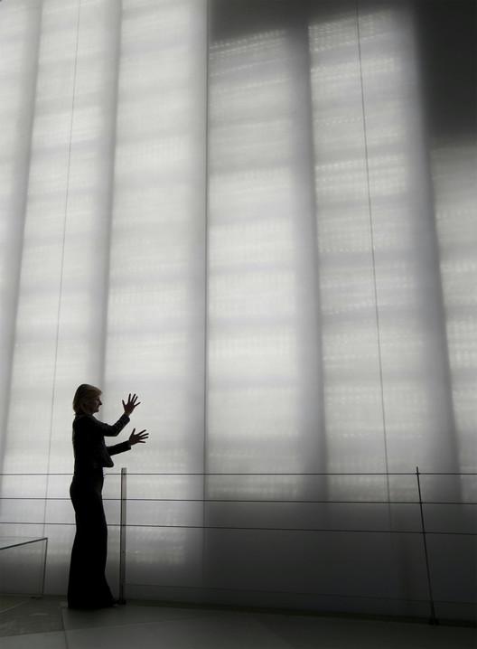Полупрозрачная бетонная панель «i.light», разработанная компанией Italcementi, была широко использована в итальянском павильоне Shanghai Expo 2010. Image © Daniele Mattioli / ANSA