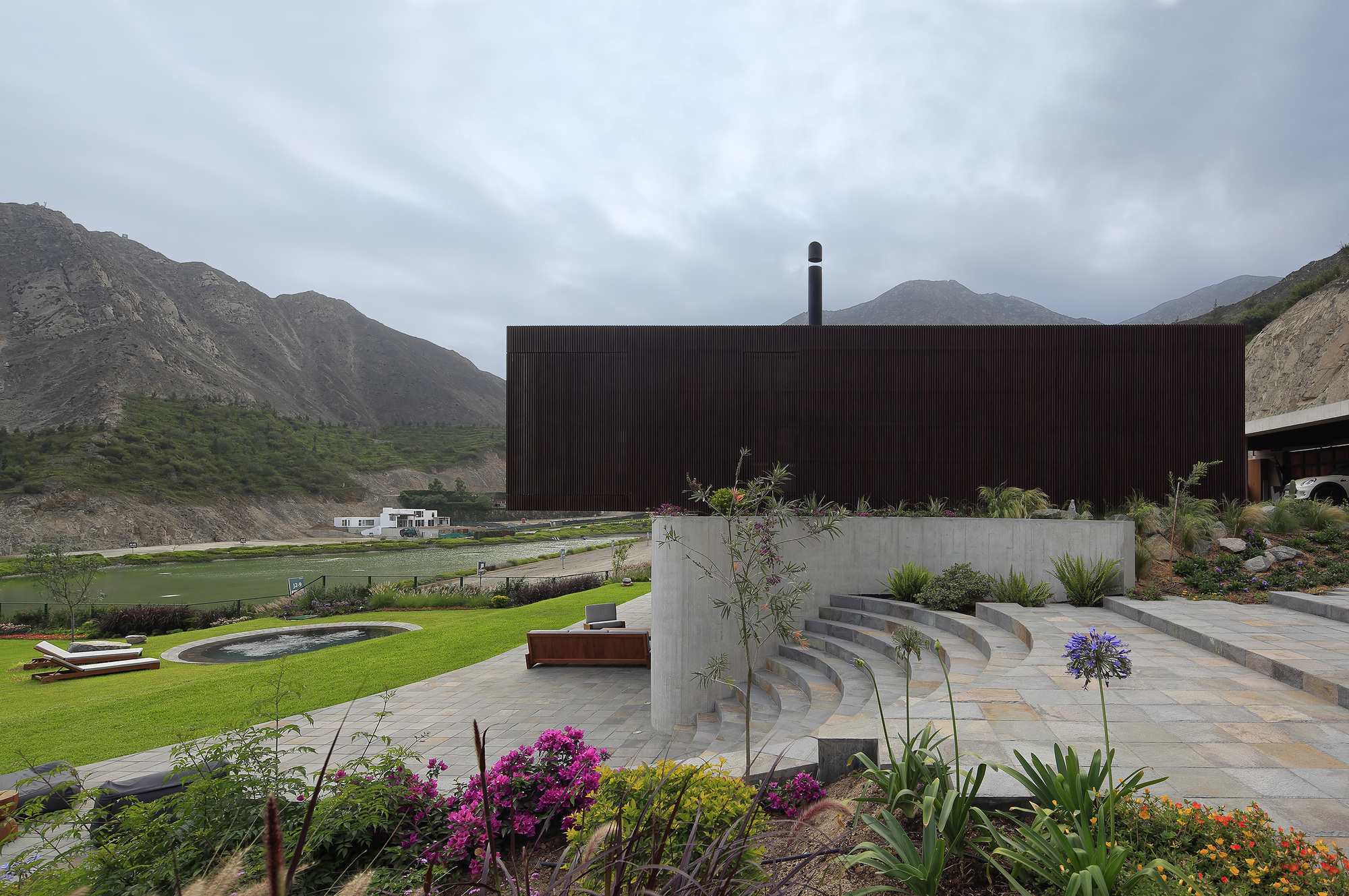 Designing with Nature: Peruvian Homes Built for the Outdoors