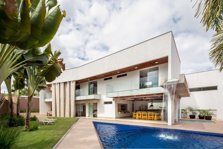 Residência JS / Lins Arquitetos Associados, © Joana França