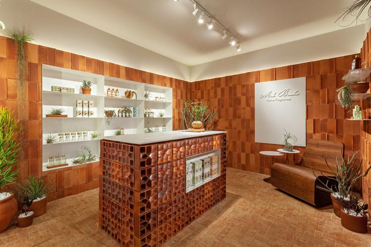 Loja Essência Mels Brushes / Estúdio Mineral + Plante Comigo, © Henrique Queiroga