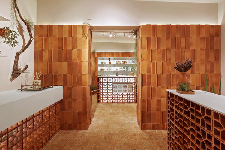 Mels Brushes Store / Estúdio Mineral + Plante Comigo, © Henrique Queiroga
