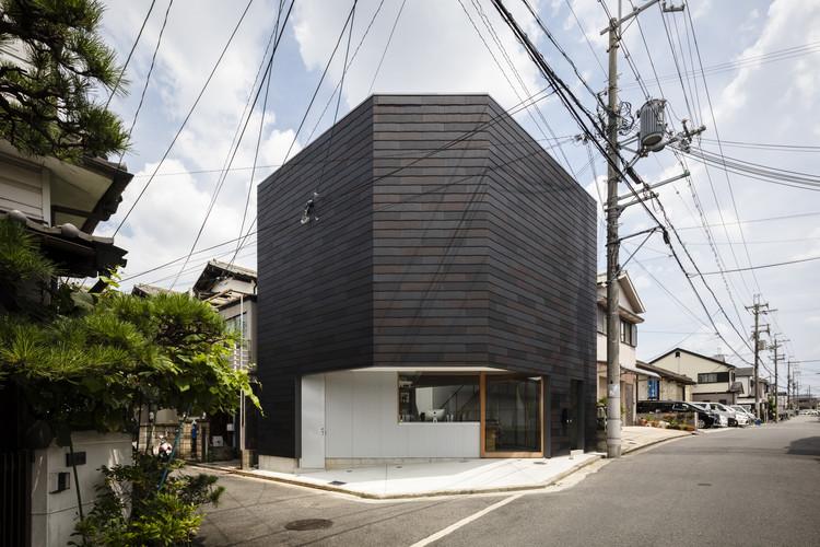 House in Sakai / SAI Architectural Design Office, © Satoshi Saito