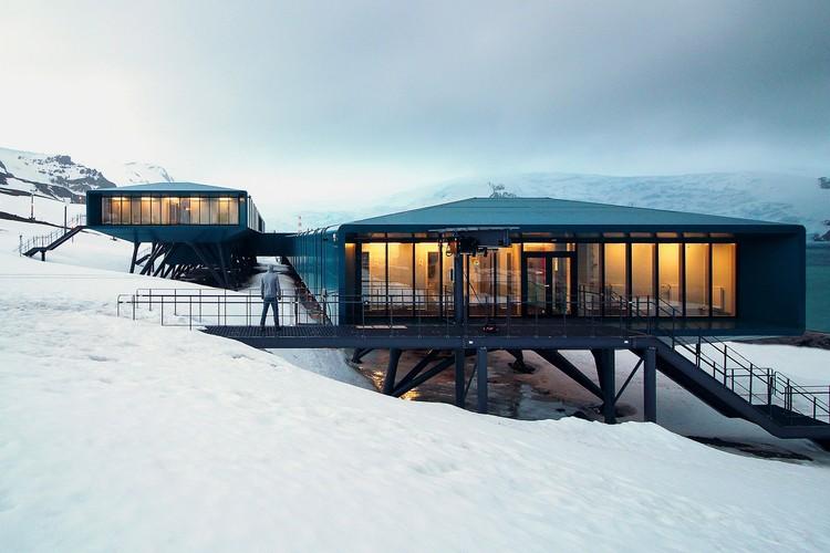 Estação Comandante Ferraz de pesquisas climáticas será inaugurada este mês na Antártica, Estação Antártica Comandante Ferraz. Image Cortesia de Estúdio 41