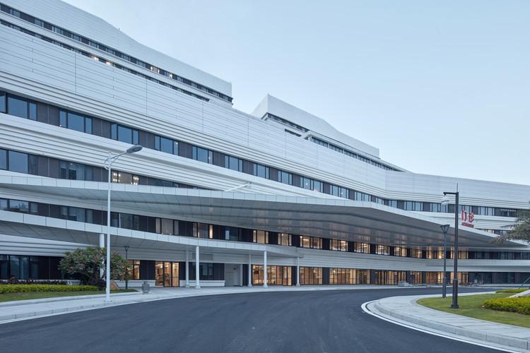 Xiamen Humanity Hospital / Lemanarc SA, © Qiang Xia