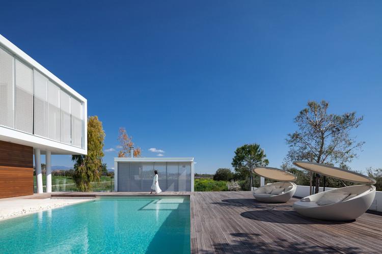 The Linear House / Christos Pavlou Architecture, © Creative Photo Room