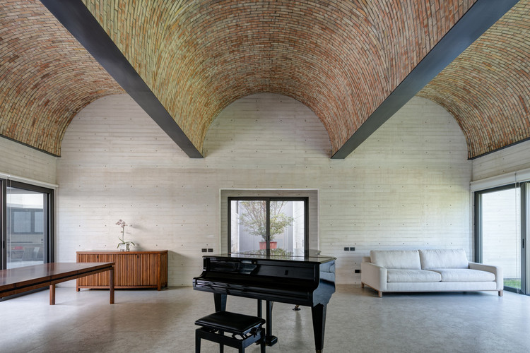 Proyectos en México que utilizan bóveda catalana en sus techos, Casa Acolhúas / SPRB arquitectos. Image © Lorena Darquea
