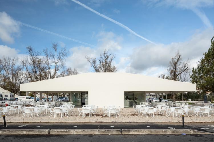 Bar & Pavilion Belém / Ricardo Bak Gordon, © Francisco Nogueira