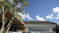Casa NVD / Studio Arthur Casas